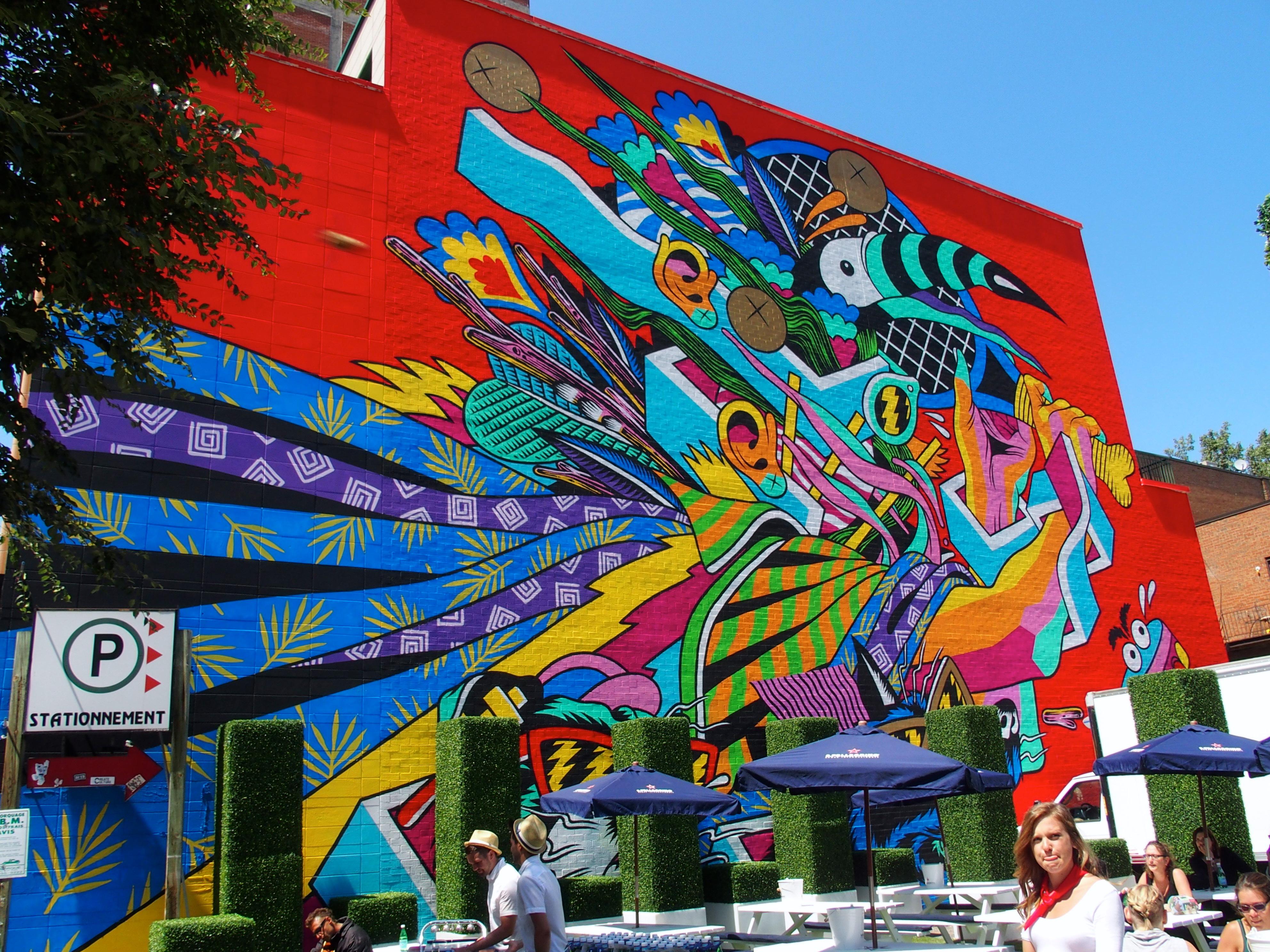 Checking out cool street art in montreal yoko 39 s haute for Art du monde