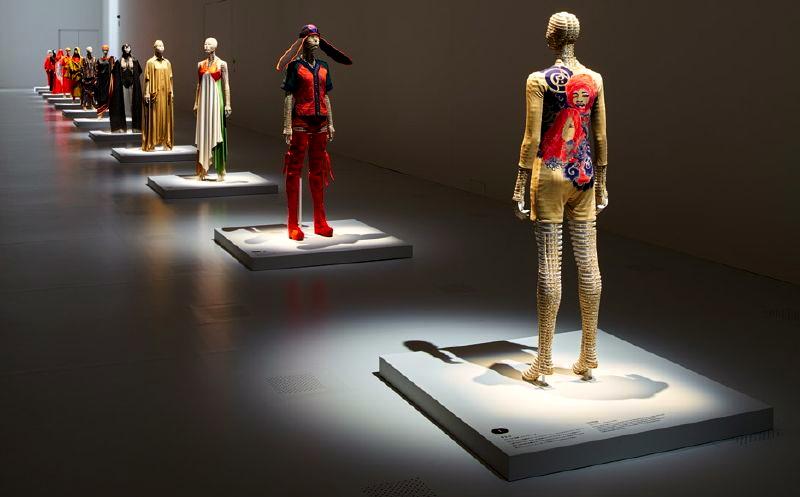 8514812_major-issey-miyake-exhibition-opens-in-tokyo_t4efc38df