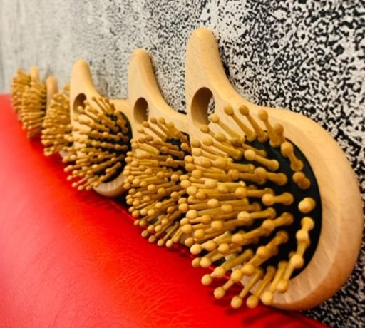 JAPANESE HAND-CRAFTED BAMBOO BRUSH